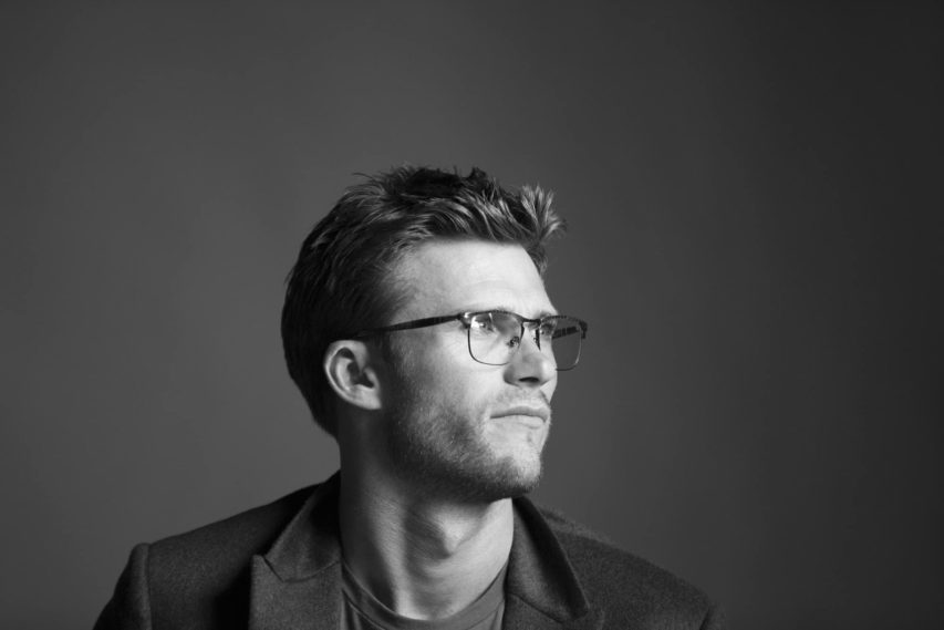 Persol e Scott Eastwood ti invitano a scoprire la nuova campagna Meet The New Generation