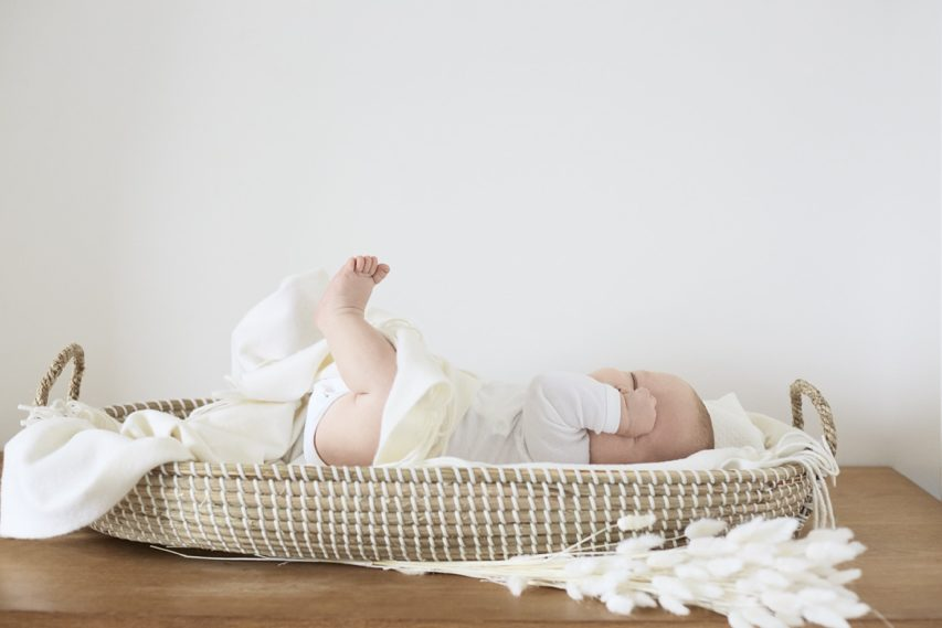 The Birth Kit sets the roots PETIT BATEAU and TREEDOM together for the nature